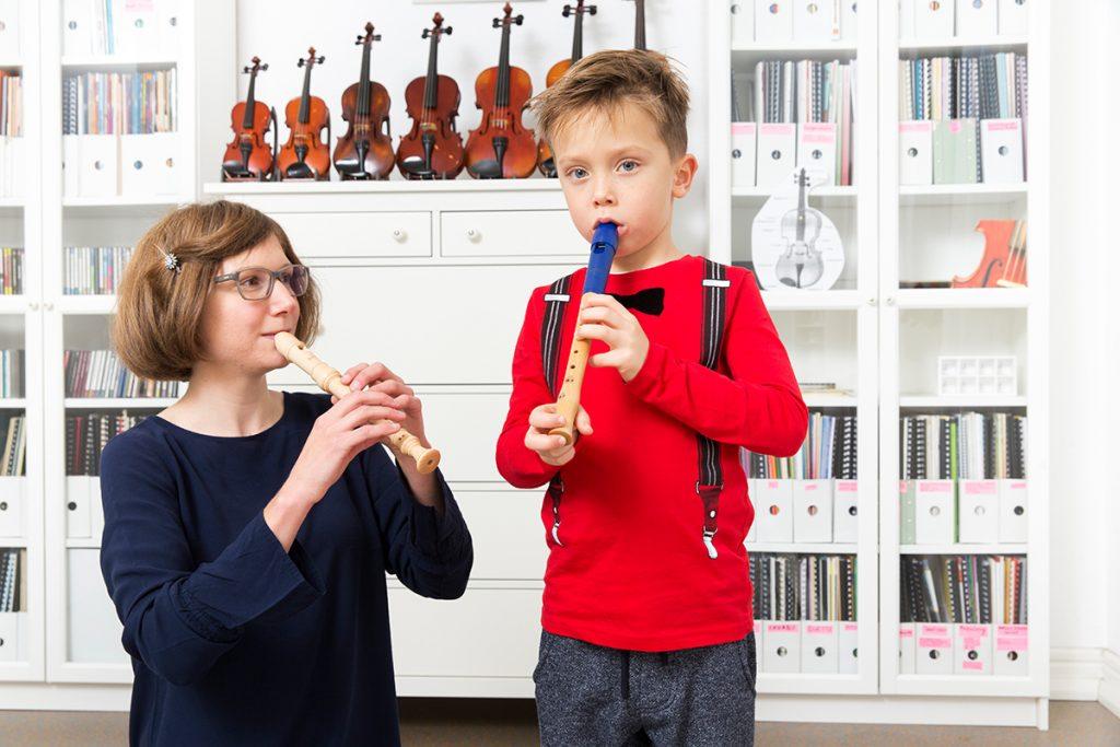 Musikunterricht mit der Blockflöte bei die Erste Geige Frankfurt, Musik-Akademie Johanna Bartelt (Foto: Markus Palzer)