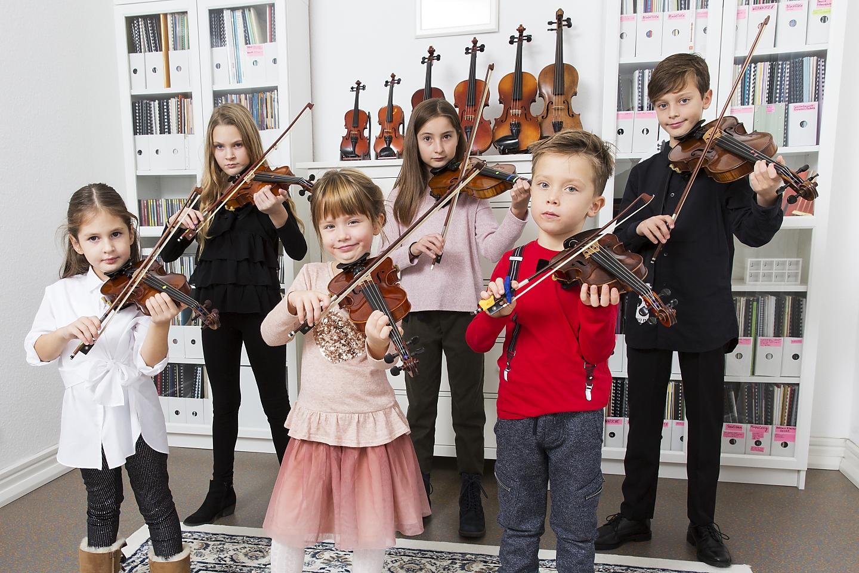 Musikunterricht Geige im Ensemble bei die Erste Geige Frankfurt, Musik-Akademie Johanna Bartelt (Foto: Markus Palzer)